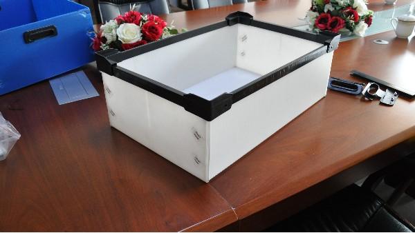 中空板周转箱电子行业的应用
